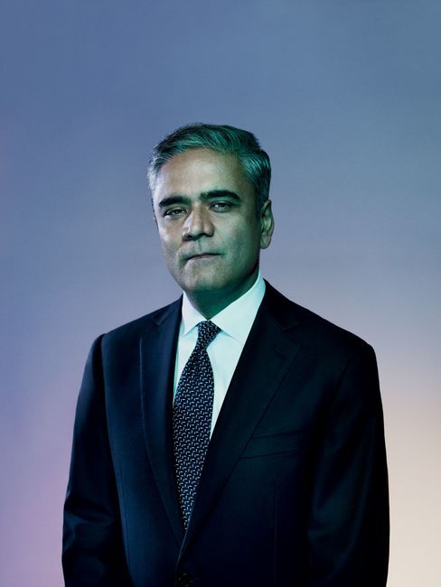 Anshu Jain, co-chief executive officer of Deutsche Bank, spent 18 years climbing to the top of Germany's largest lender. Now he's facing an even greater challenge, fending off allegations of wrongdoing by investment bankers and trying to boost capital. Photographer: Alan Clarke/Bloomberg Markets
