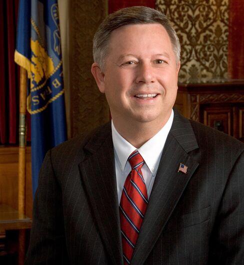 Nebraska Lawmakers Commence Battle to Re-Route Keystone XL