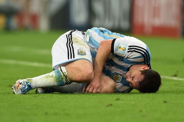 Lionel Messi reacting to the Supreme Court bond decision?