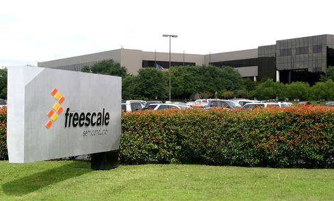 Freescale May Be Ready to Go Public Again by 2011, CEO Says