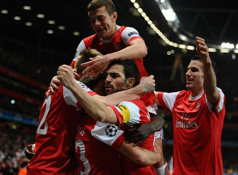 Arsenal Shows Resilience Secure First Win Against Barcelona
