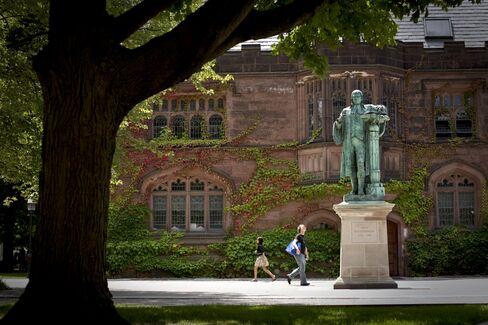Princeton to Ban Freshmen From Joining