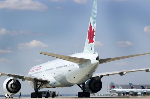 Air Canada Jumps Most in 21 Months on Profit