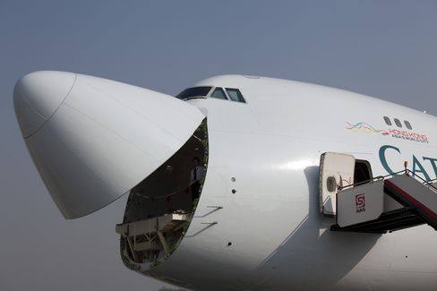 Cathay Pacific Sees Little Christmas Cheer in Cargo Shipments