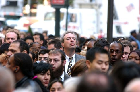 Pessimism Rises as 72% See U.S. Economy on Wrong Course