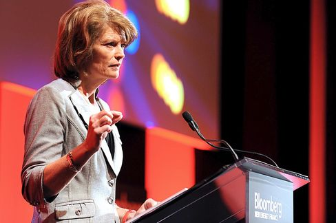 Murkowski Sees Wider Support for U.S. Clean Energy MLP Tax Break
