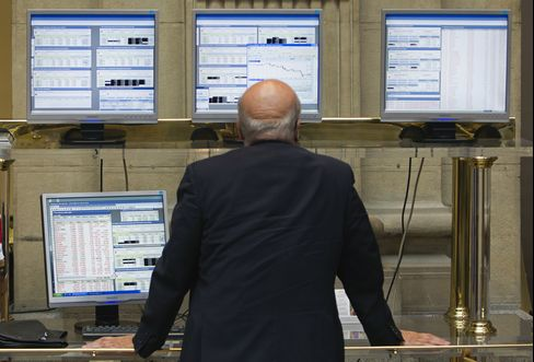 European Stocks Decline on Concern Spain Will Need External Aid