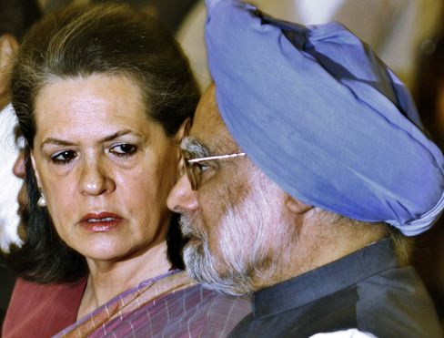 Sonia Gandhi Returns to India After Surgery