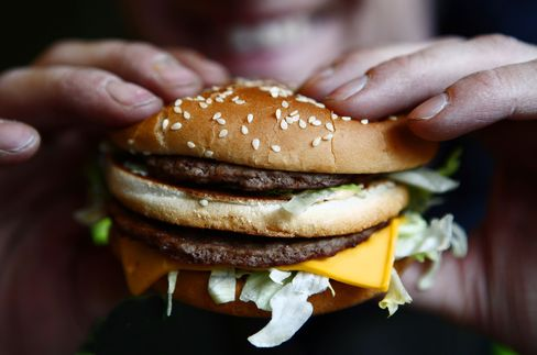 Burger Costs Rising With Beef Supply at 21-Year Low