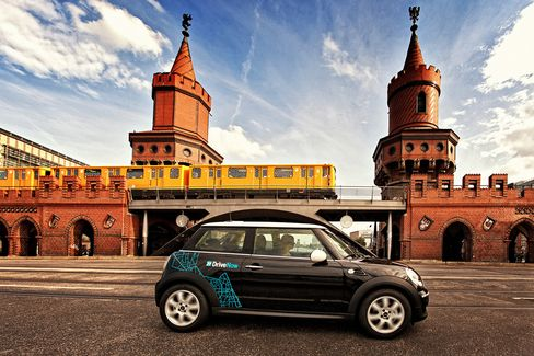 BMW Pursues Daimler in Making Car-Sharing Operations Profitable