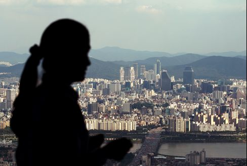 South Korea's Consumer Prices Rise 1.2% From Year Earlier