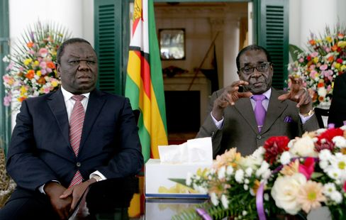 Zimbabwe Law May Allow Mugabe to Rule for Another 10 Years