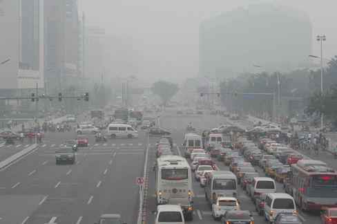 Ford Says China Should Embrace Electric Cars as Traffic Worsens
