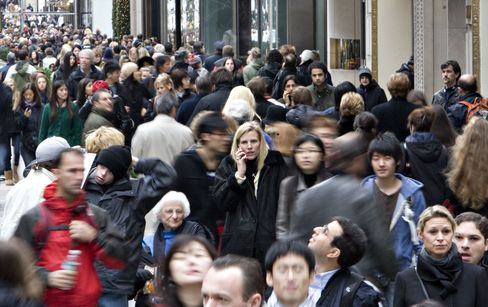 Census Projects U.S. Population as High as 312.7 Million