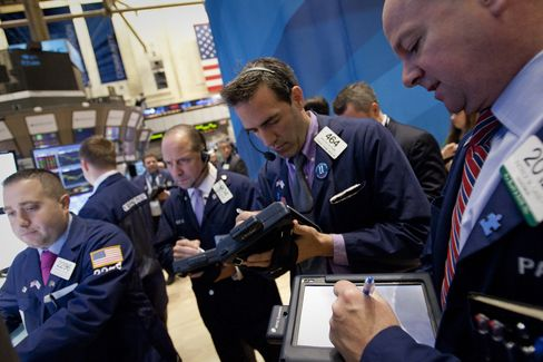 Treasury 10-Year Yield Slides to Record as Stocks Drop With Euro