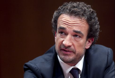 Carlyle Group Global Fin. Services Mng. Dir. Olivier Sarkozy