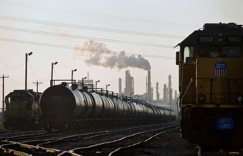 California Seen as 'Last Frontier' for Delivering Crude by Rail