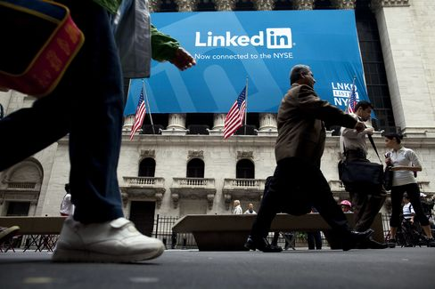 LinkedIn Reports Unexpected Profit