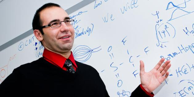 Dr. Riccardo Signorelli