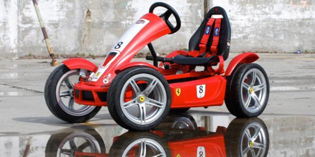 Berg Ferrari pedal go-kart