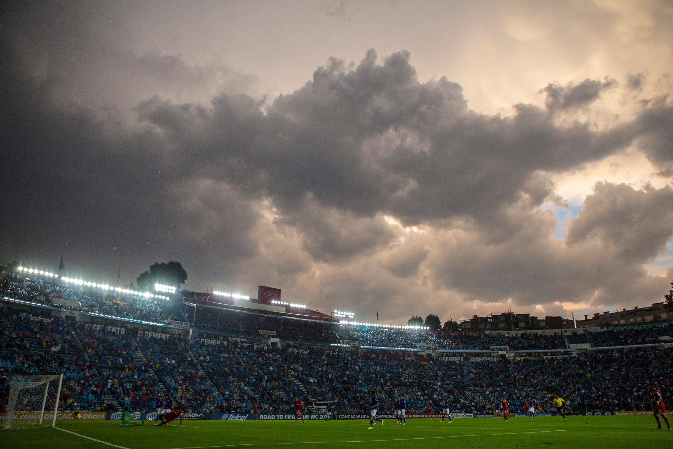Cruz Azul v Toluca - CONCACAF Liga de Campeones