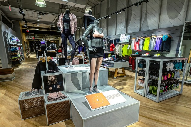 Canada Goose kensington parka outlet official - Nike Gives Sporty Women a Store of Their Own - Bloomberg