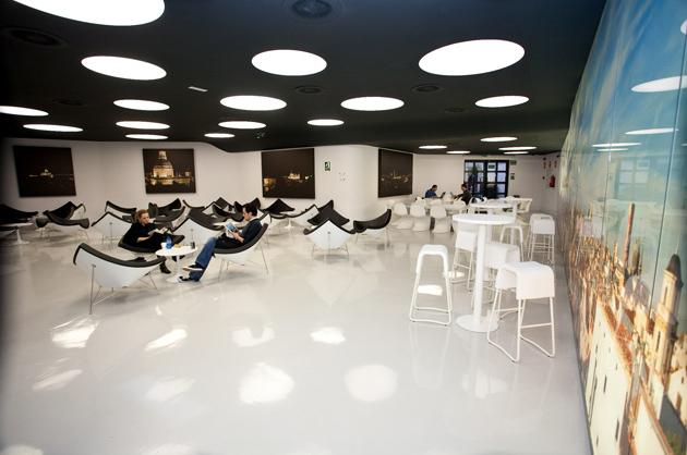 3. IE Business School