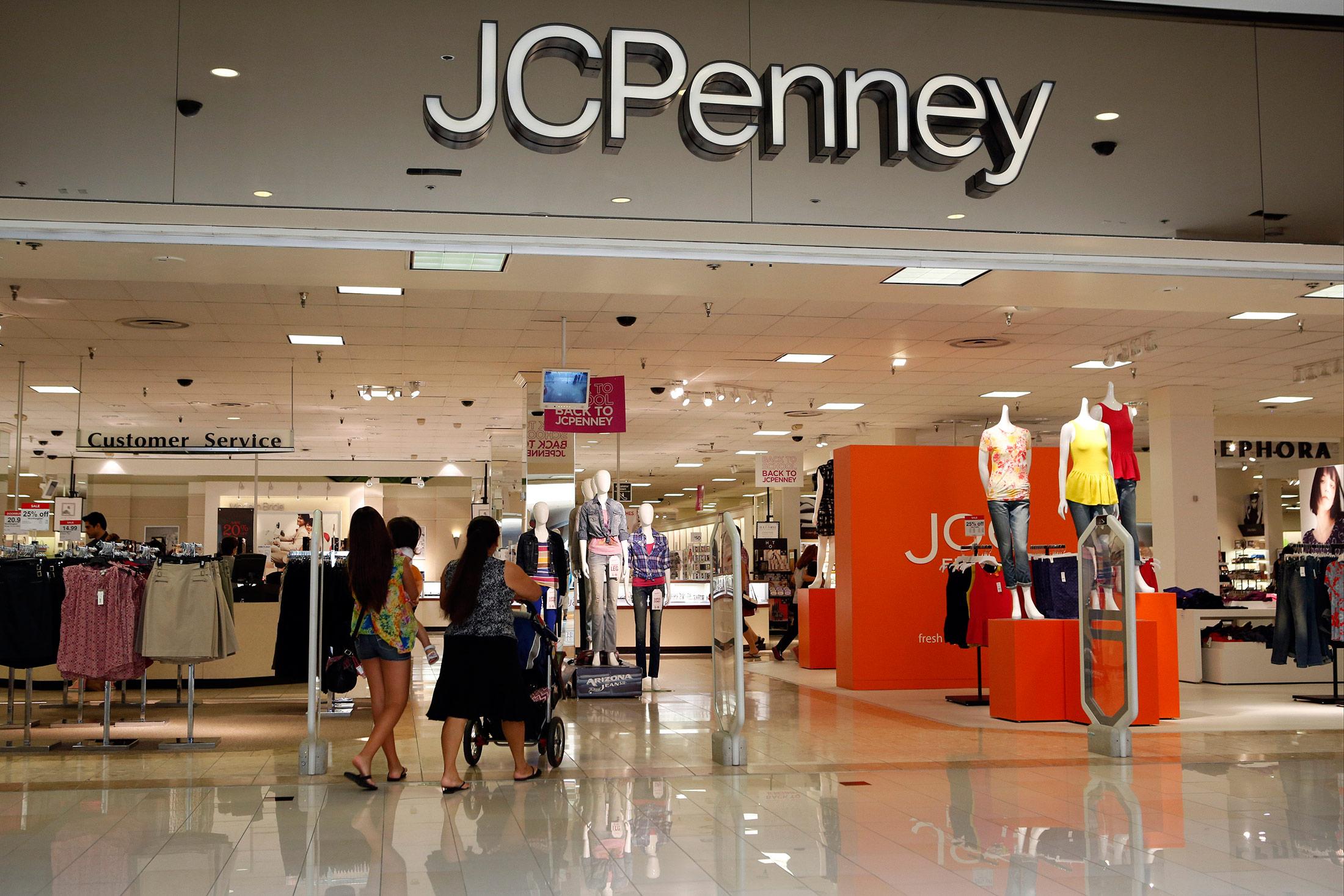 jc penney v target Jcpenney troy • j c penney #1352-4 oakland troy • j c penney 13524 oakland troy • jc penney oakland mall troy •  target big box store 32001.