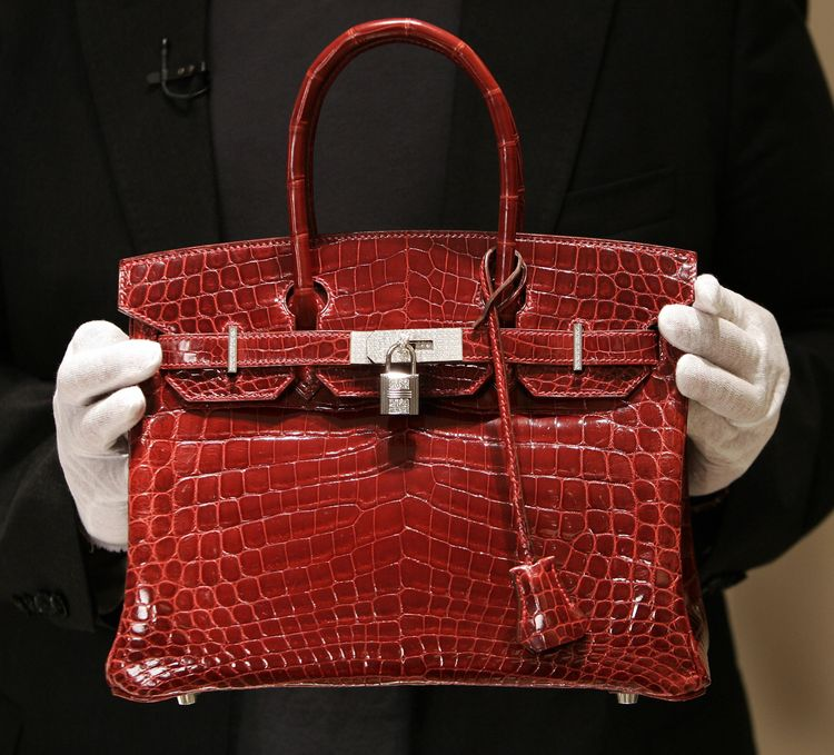 Crocodile Bites Show Why Your Birkin Bag Is So Expensive - Bloomberg
