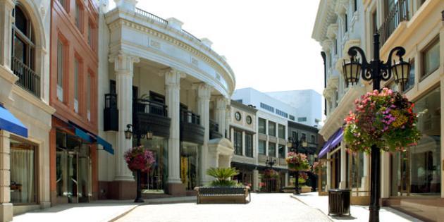 No. 4 Richest Zip Code: 90210, Beverly Hills, Calif.