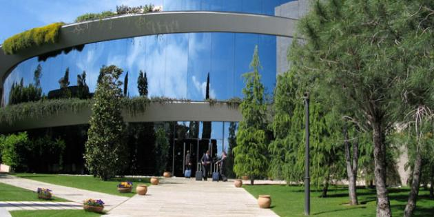 12. IESE