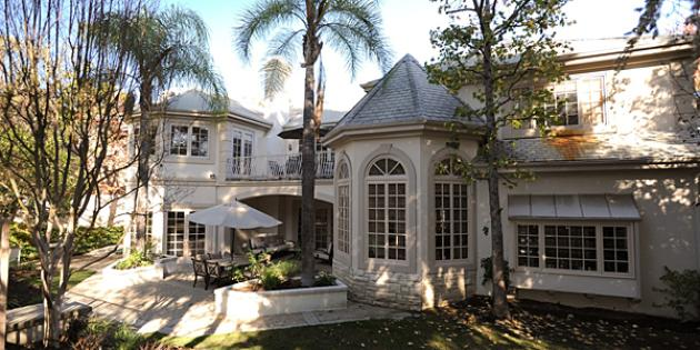 No. 18 Zip Code with Biggest Homes for Sale: Beverly Hills, Calif., 90210
