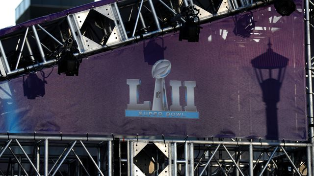 Super Bowl Ticket Prices Aren't Falling and Fans Are Confused | Bloomberg