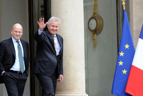 GE's CEO Jeffrey Immelt Leaves the Elysee Palace Today