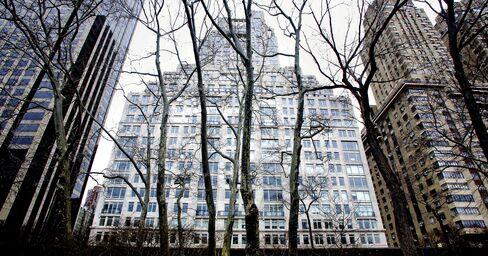 Manhattan's 15 Central Park West Fuels Ultra-Luxury Condo Surge
