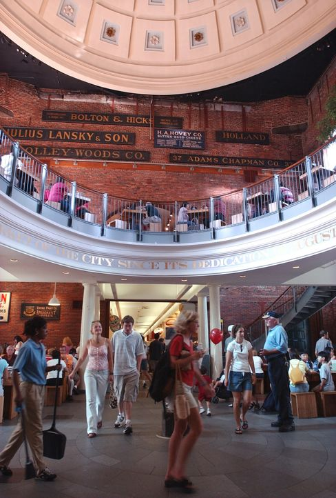 Faneuil Hall Marketplace mall