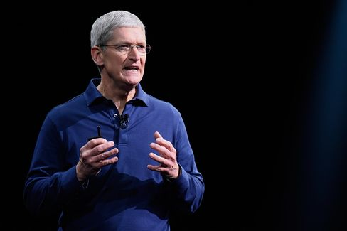 Tim Cook, chief executive officer of Apple Inc., speaks during the Apple World Wide Developers Conference (WWDC) in San Francisco, California, U.S.
