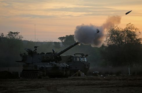 Israel, Hamas Agree to Truce Starting Today After Egypt Talks