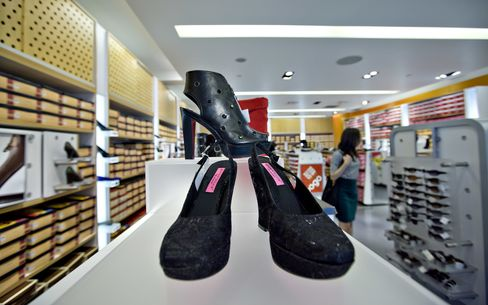 Payless Shoes Poised for Buyout at 76% Sales Discount