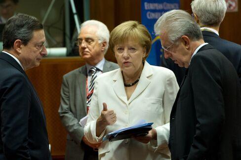 Merkel's Bavarian Allies Turn Critics on Anti-Crisis Measures