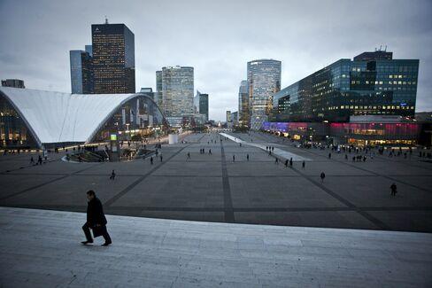 Euro-Area Economy Headed for 2-Year Slump as EU Lowers Forecast