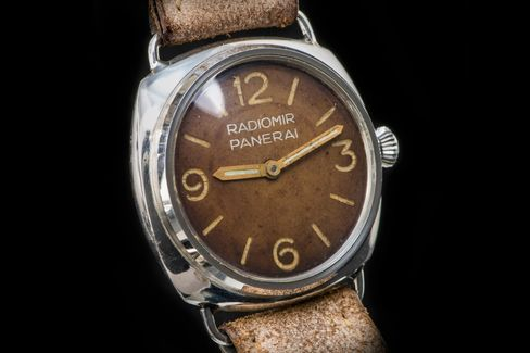 The Panerai ref. 3646 is one of the brand's earliest watches.