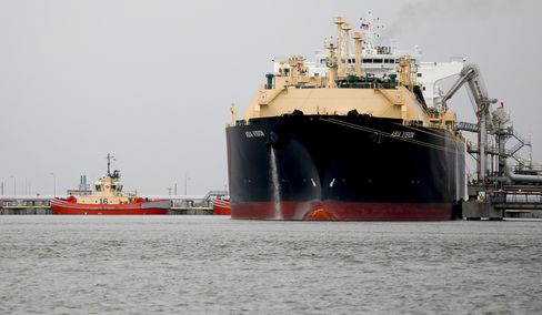 LNG Tanker Docks At Cheniere's Sabine Pass Before First Shipment