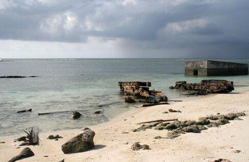 China Plans to Put Garrison on Disputed South China Sea Island