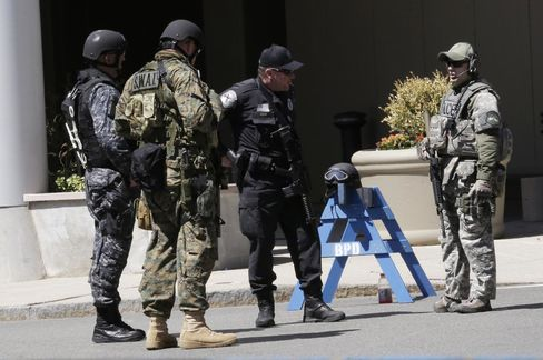 Investigators Said to Be Close to Identifying Bomb Suspect