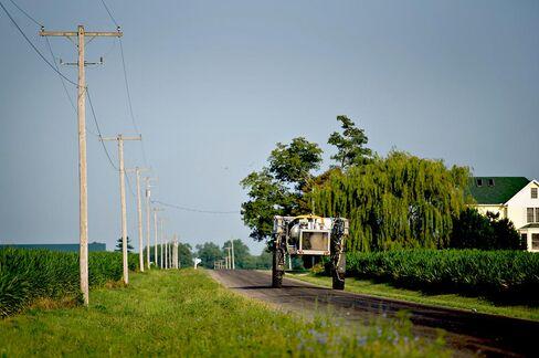Crop-Insurance Cuts Test Farm Power as Rural Lobby Pushes Back