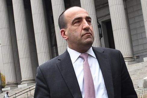 Ex-JPMorgan Broker Michael Oppenheim Admits Stealing $22 Million for Gambling