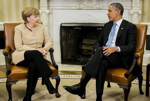 Obama, Merkel Set Ukraine Vote as Trigger Point on Sanctions