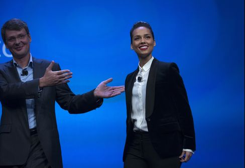 Former Blackberry CEO Thorsten Heins & Singer Alicia Keys