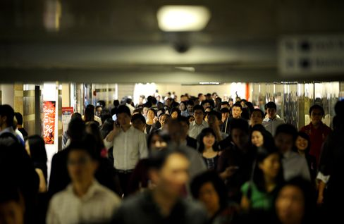 Job Market Resilience May Limit Asia's Policy Easing